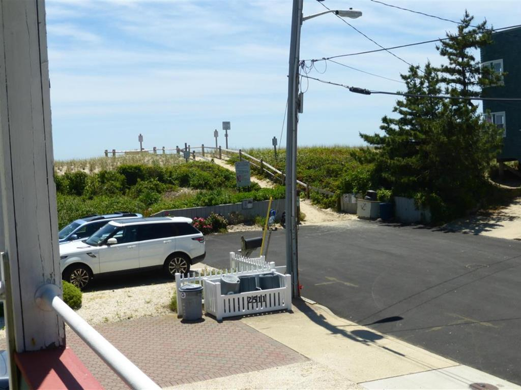 ship-bottom-nj-ocean-side-vacation-rental-140099-155866087-9