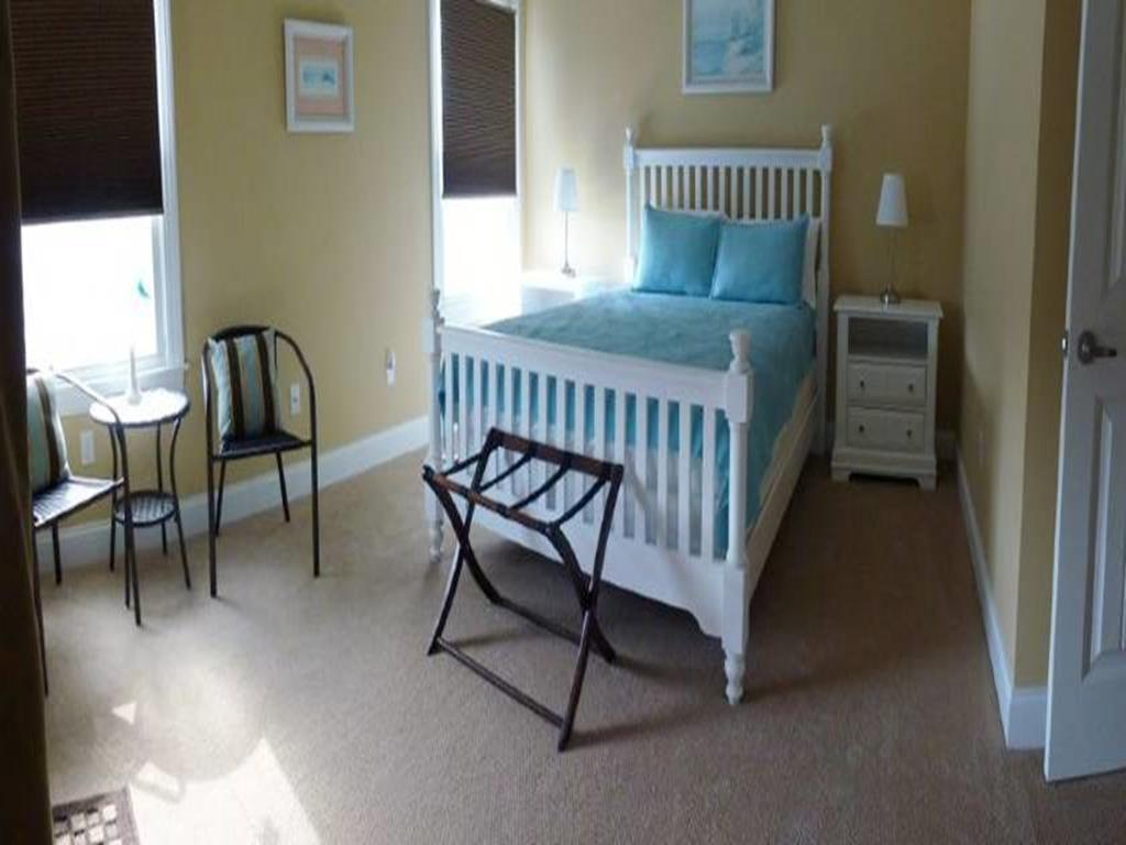 ship-bottom-nj-ocean-block-vacation-rental-100913-455642428-18