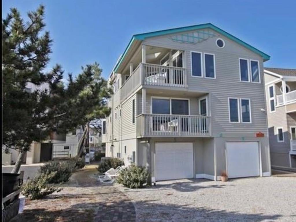harvey-cedars-nj-ocean-side-vacation-rental-140084-89725688-2