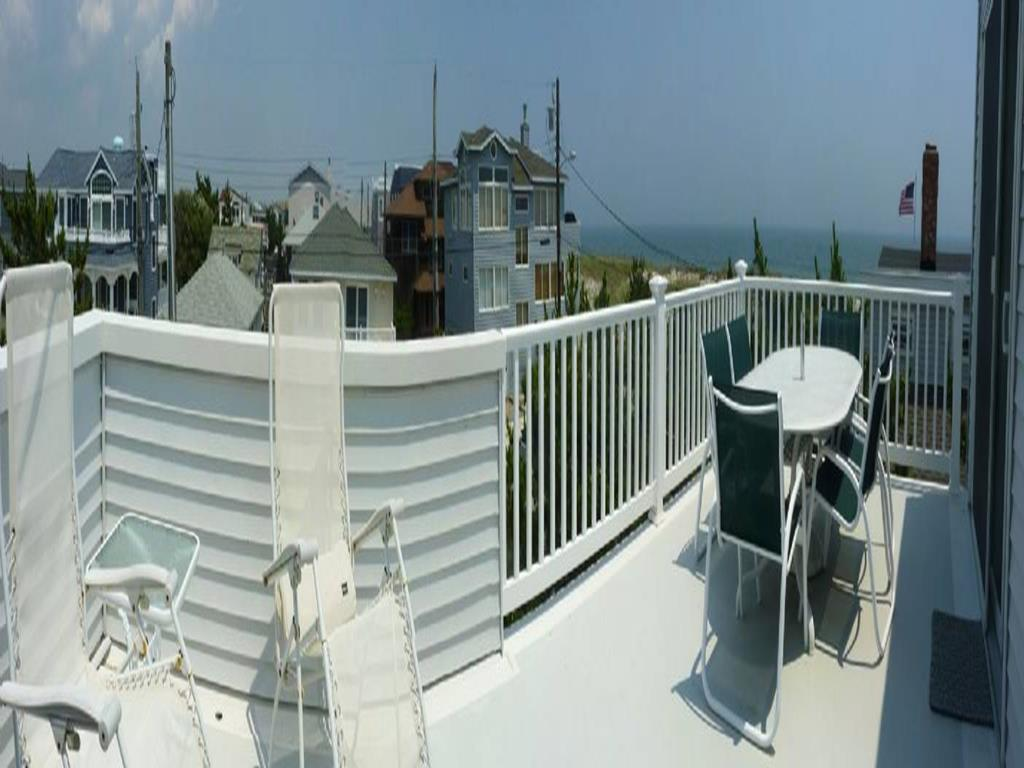 ship-bottom-nj-ocean-side-vacation-rental-140101-1604169464-5
