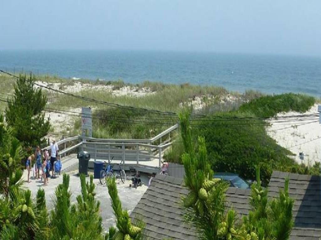 ship-bottom-nj-ocean-side-vacation-rental-140101-1604169464-7