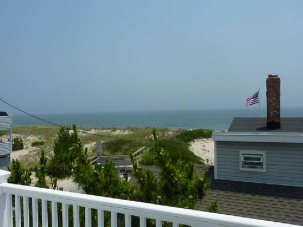ship-bottom-nj-ocean-side-vacation-rental-140101-1604169464-8