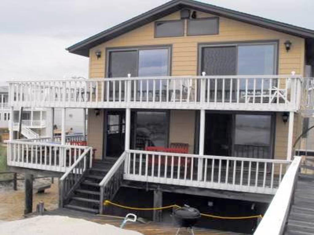 surf-city-nj-ocean-front-vacation-rental-140463-430209337-1